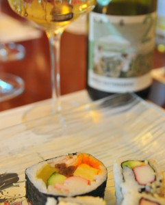Maki Sushi und Wein